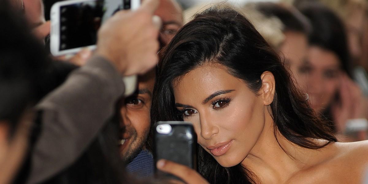 Kim Kardashian e o seu próprio livro de Selfies