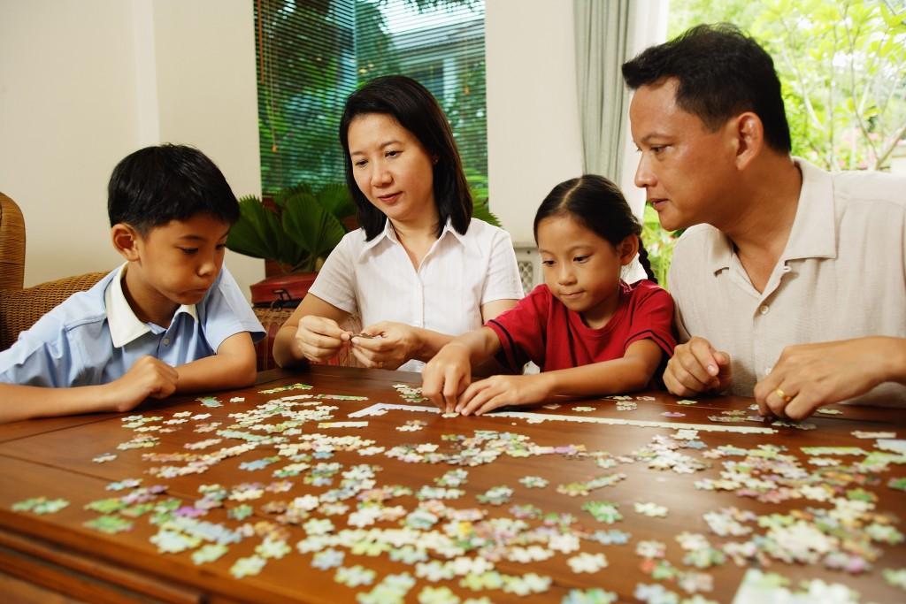 Quebra-cabeça personalizado entretém a família
