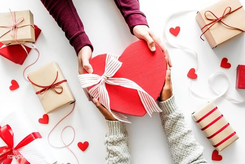 Presentes personalizados com fotos para pessoas amadas.