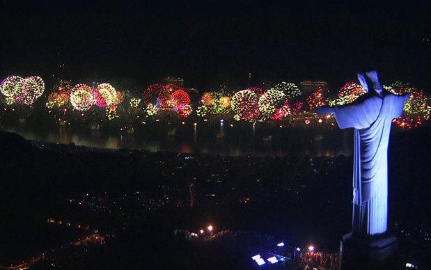 Fogos de Artifício na Virada do Ano no Rio de Janeiro