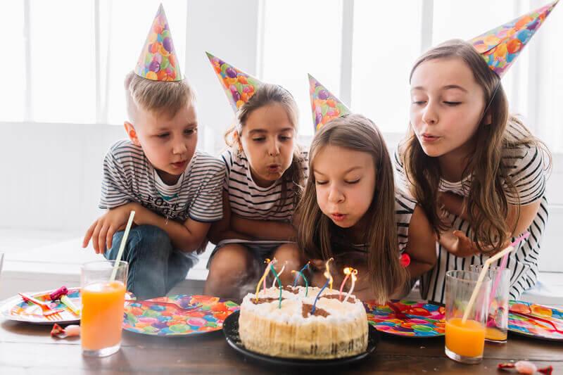 Aniversário com os amigos