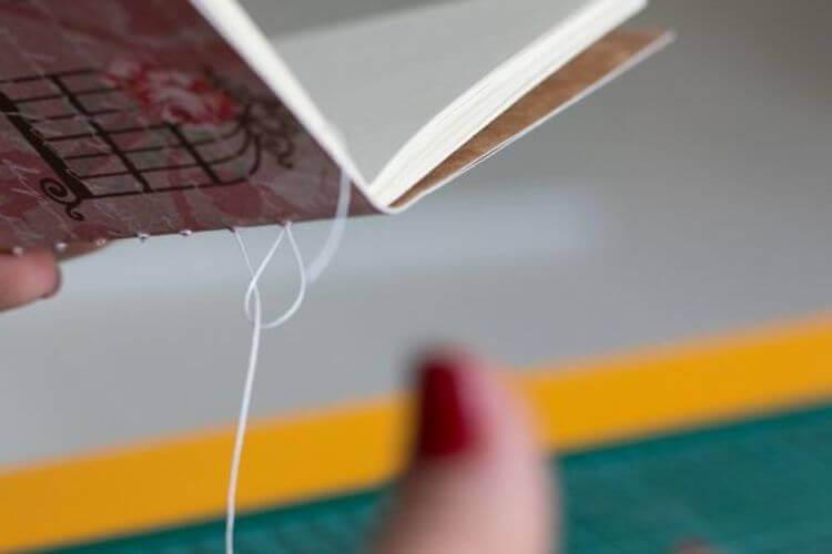 Costura do caderno