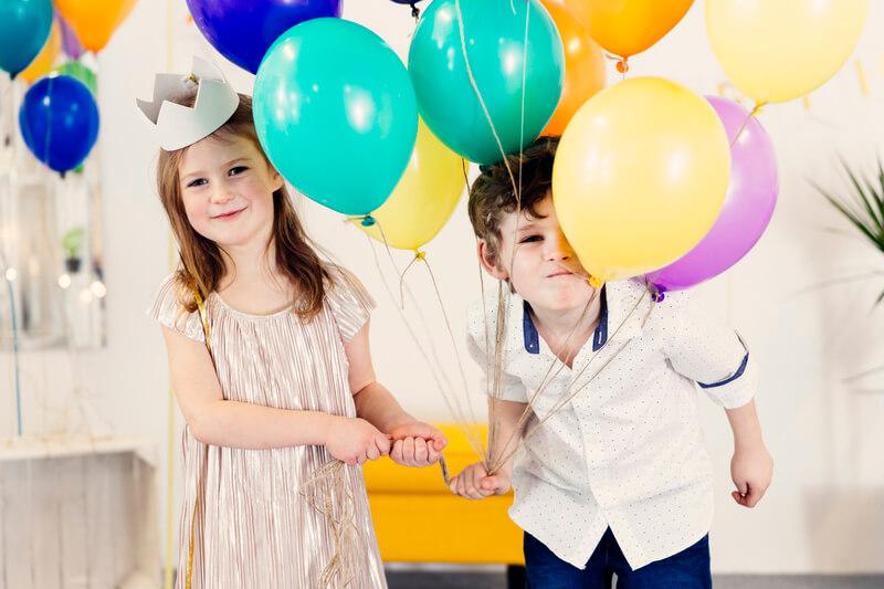 5 dicas de poses para fotos de aniversário infantil