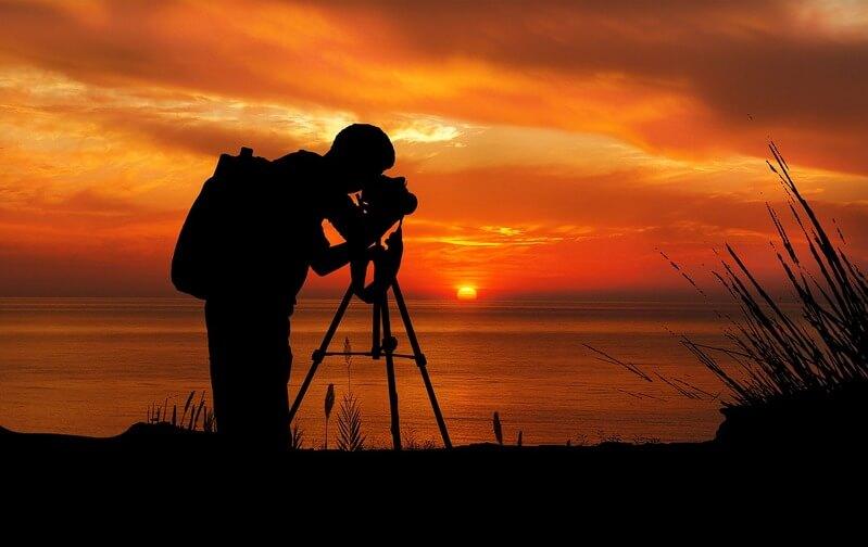 Tripé para fotos de pôr do sol