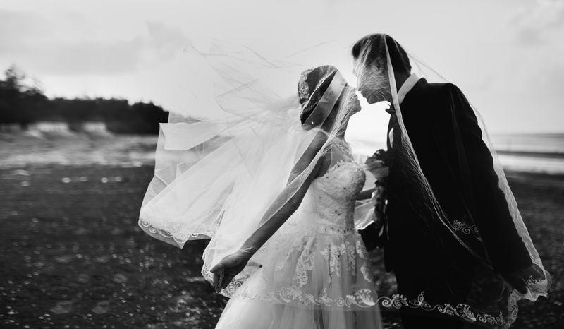 Foto de casamento preto e branco