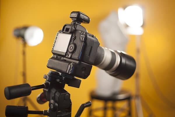 Câmera profissional para ensaios fotográficos