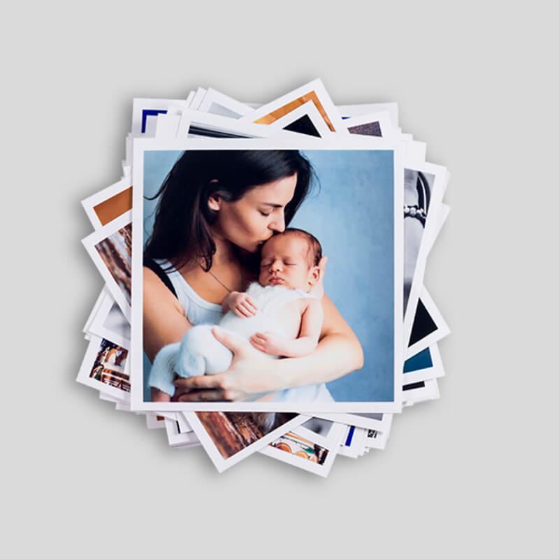 Fotos Polaroid empilhadas